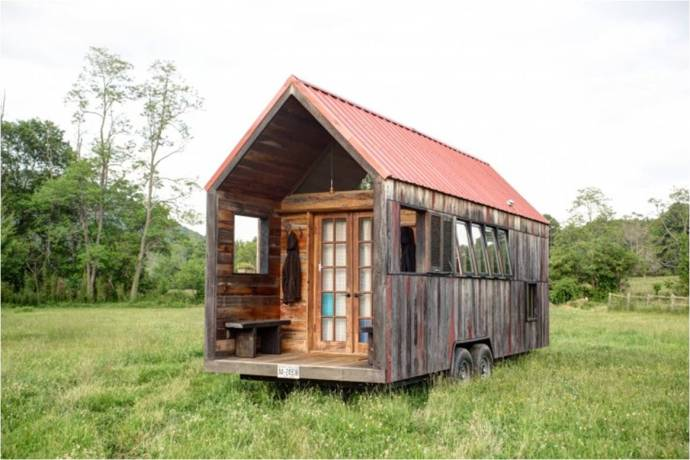 Aaron Maret's Pocket Shelter tiny house.